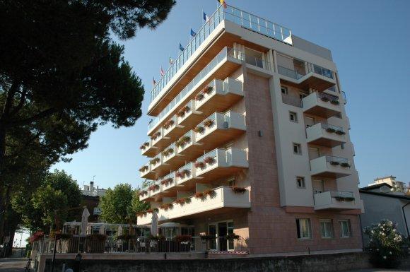 Emejing Azienda Di Soggiorno Lignano Pictures - Design Trends 2017 ...